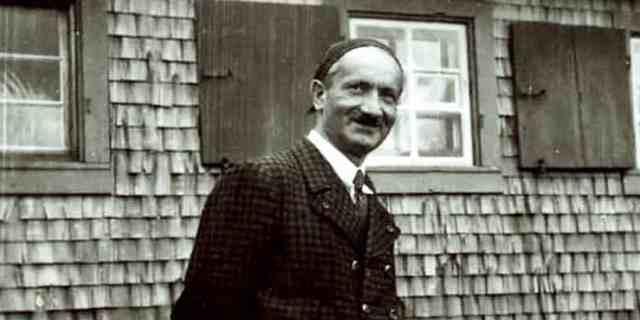Martin Heidegger Copertina